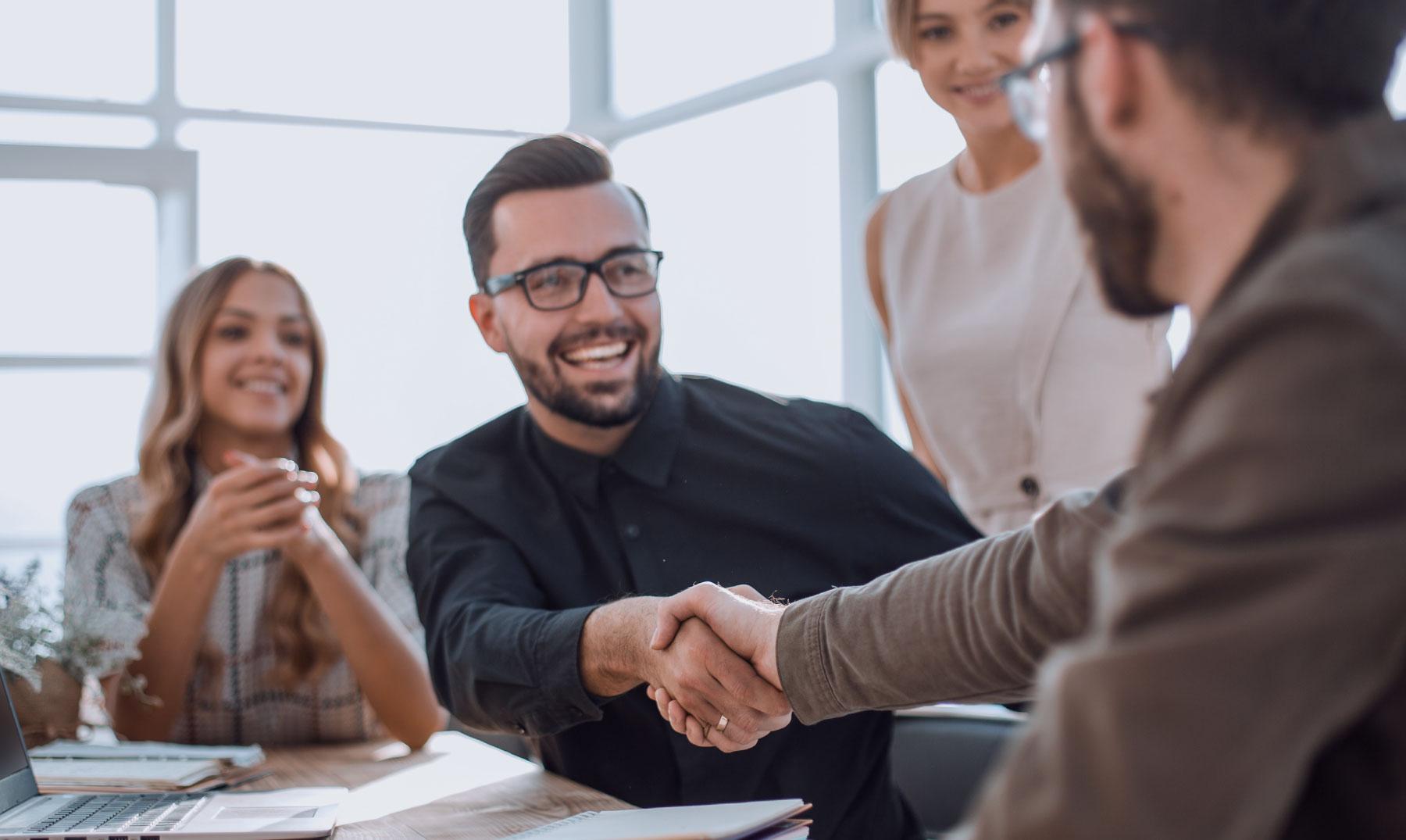 Manten una buena actitud con tus clientes