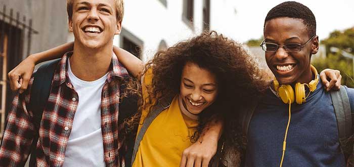 Codependencia de pareja | Pasa tiempo de calidad con tus amigos