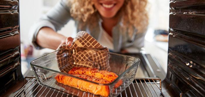 Cómo cocinar salmón en el horno
